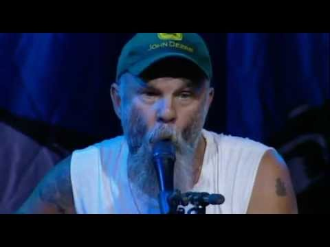 Seasick Steve - Dog house boogie