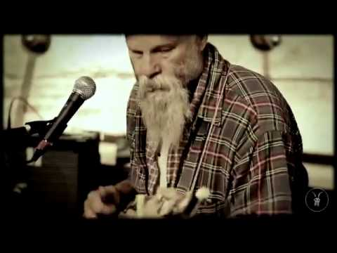 Seasick Steve Don t Know Why She Love Me But She Do AllS